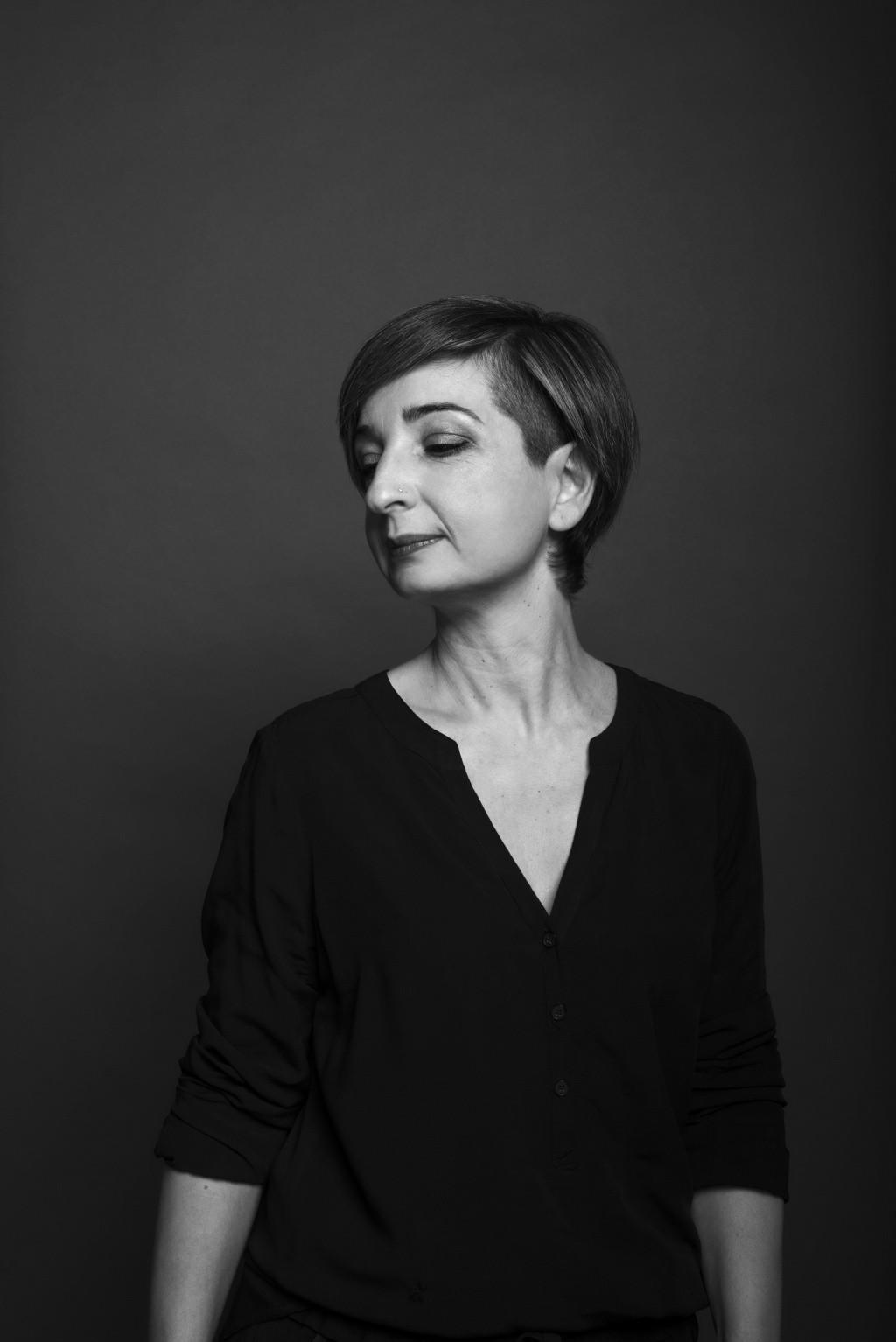 Portrait Imma, Stylistin