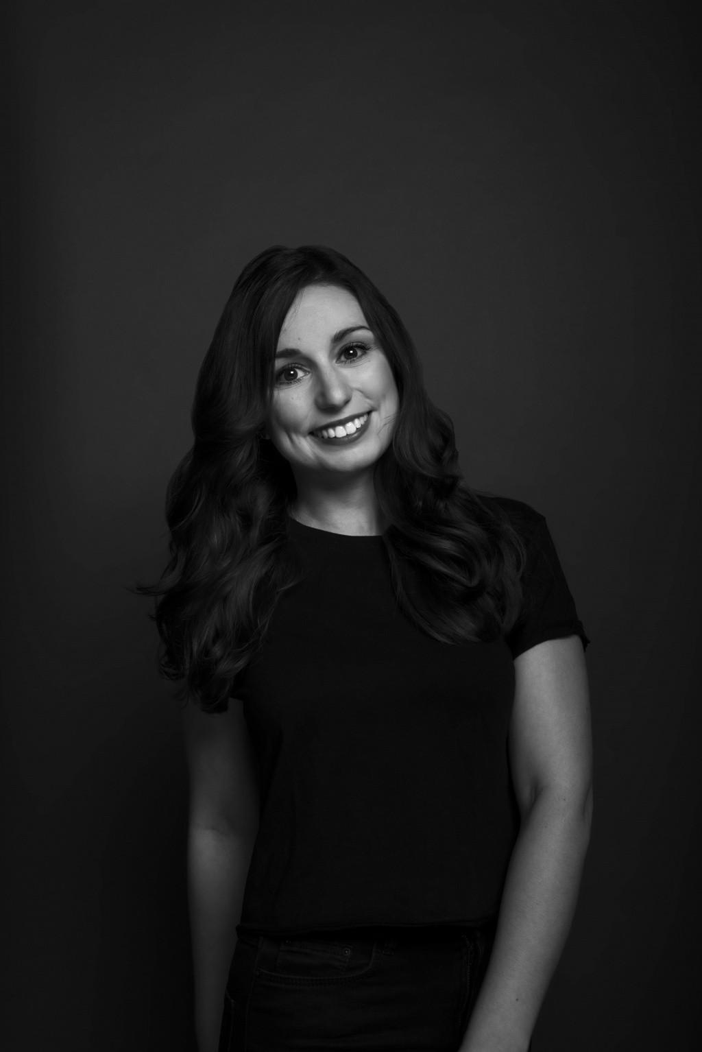 Portrait Jasmin, Stylistin